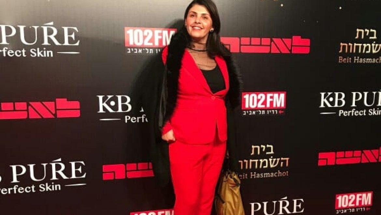 אסנת אלעזרי השתתפה בקמפיין ארצי 'לא מרימות ידיים'