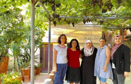 משלחת נשים יהודיות וערביות לדרום אפריקה