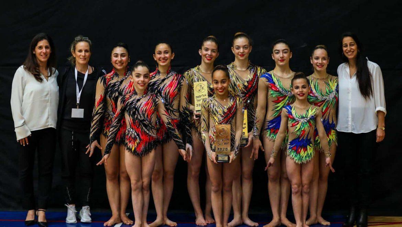 אלופות ישראל: נועה כספי וצוות האקרובטיקה זכו באליפות ישראל