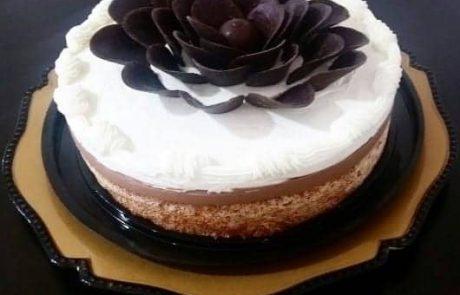 עוגת קוקוס מוס שוקולד וקרם