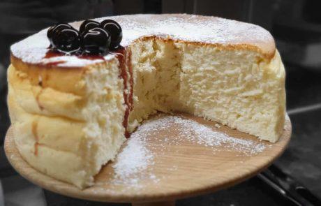 עוגת גבינה אפויה – המלכה הלבנה מאת: שפית ציפי מדינה